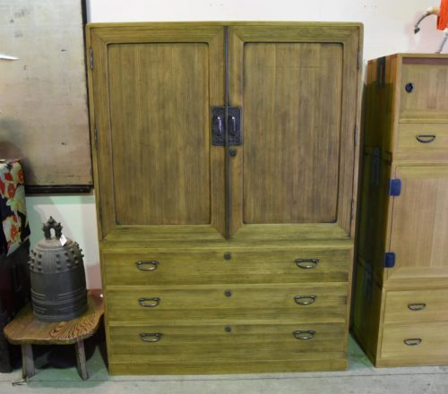 japanese-vintage-furniture-for-sale-001_1067x712