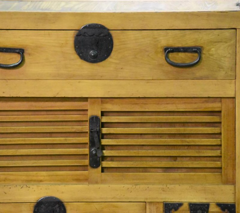 japanese-chests-022_1067x712