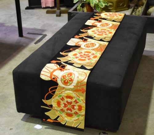 japanese-table-runner-001_1067x712