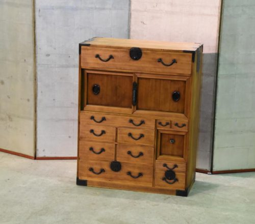 Japanese small merchants chest 022_1067x712