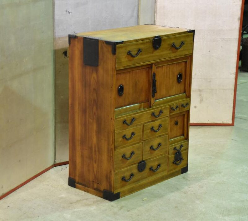 Japanese small merchants chest 028_1067x712