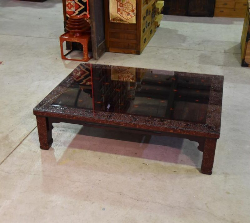 japanese lacquered table 014_1067x712