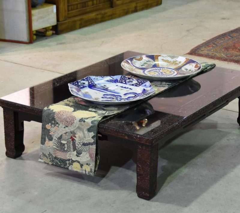 japanese lacquered table 030_1067x712