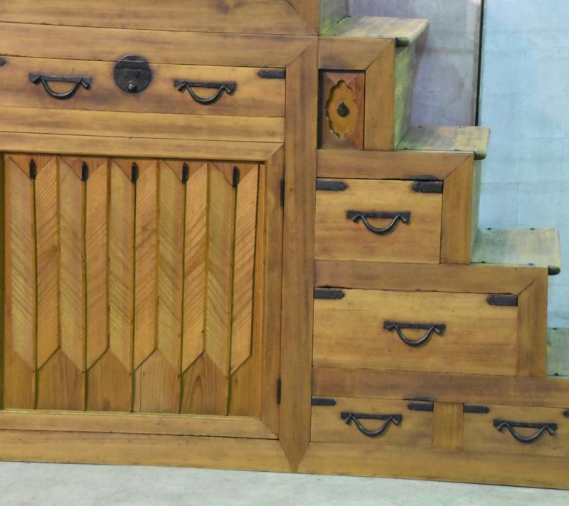 antique Japanese step chest 003_1067x711