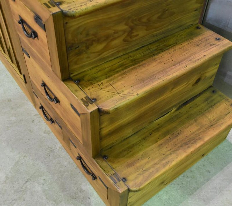 antique Japanese step chest 008_1067x711