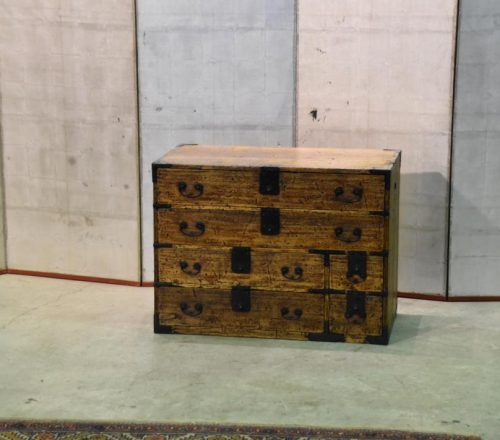 japanese Edo Period small chest 001_1067x711