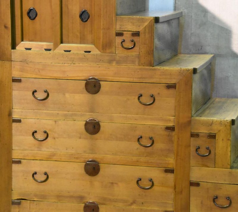 japanese antique step chest 004_1067x711