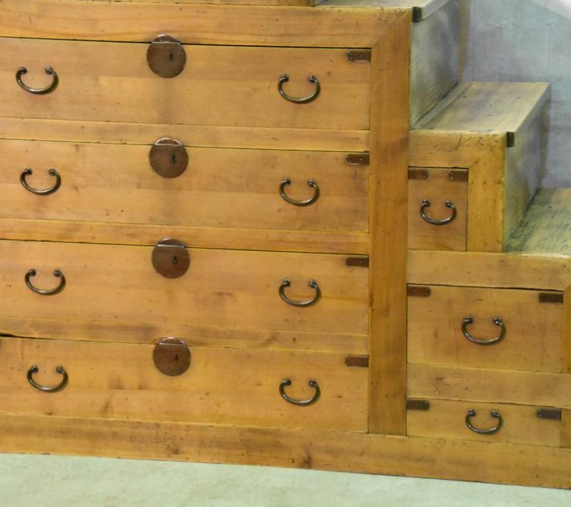 japanese antique step chest 005_1067x711
