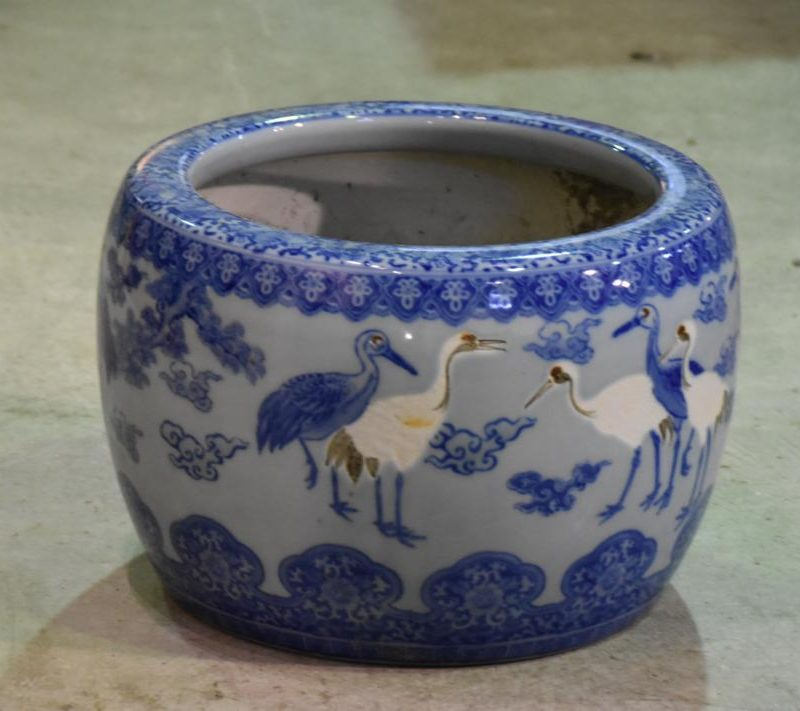 japanese blue and white brazier 024_1067x711