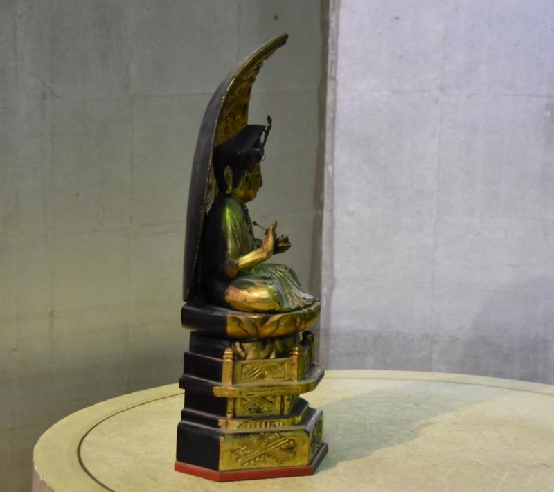 japanese guilded buddha 021_1067x711