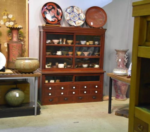 japanese lacquered shop chest 011_1067x711