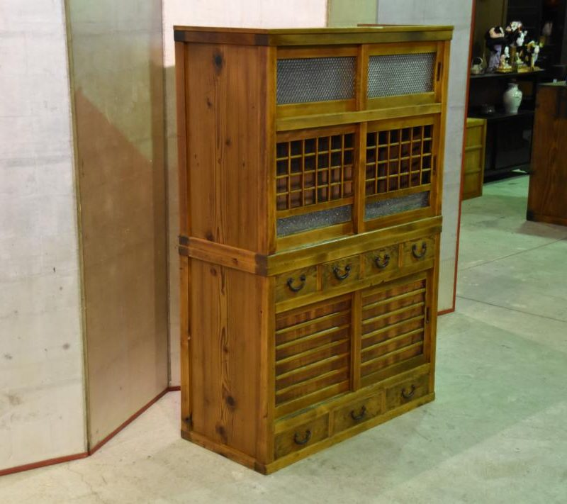 japanese wedding chest 006_1067x711
