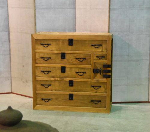 merchants chest from japan 001_1067x711