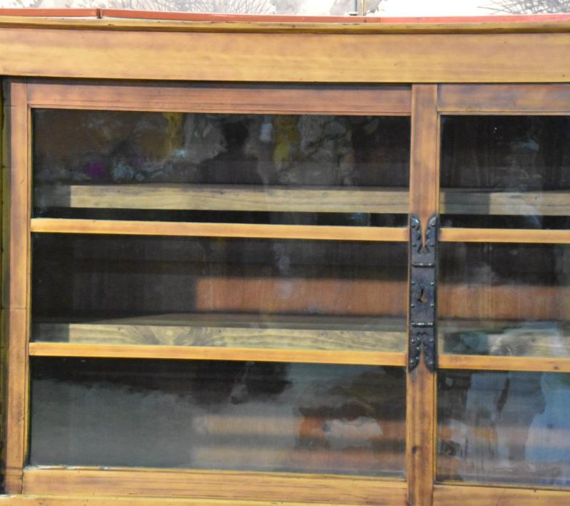 antique Japanese merchants display chest 003_1067x711