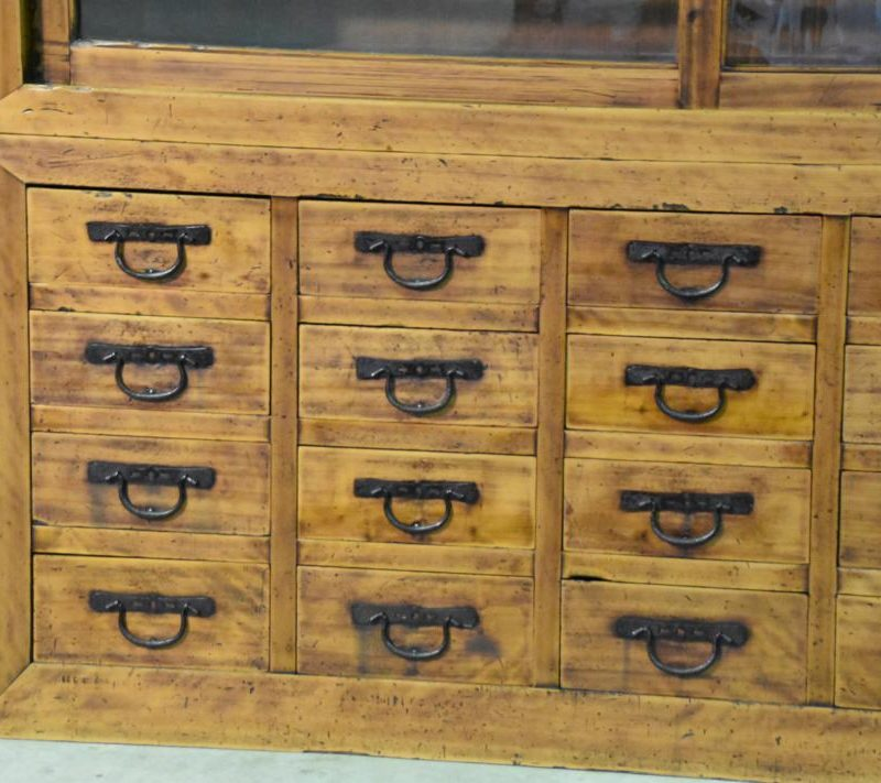 antique Japanese merchants display chest 004_1067x711