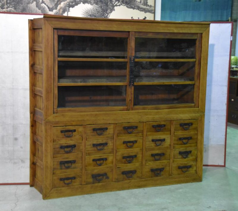 antique Japanese merchants display chest 010_1067x711
