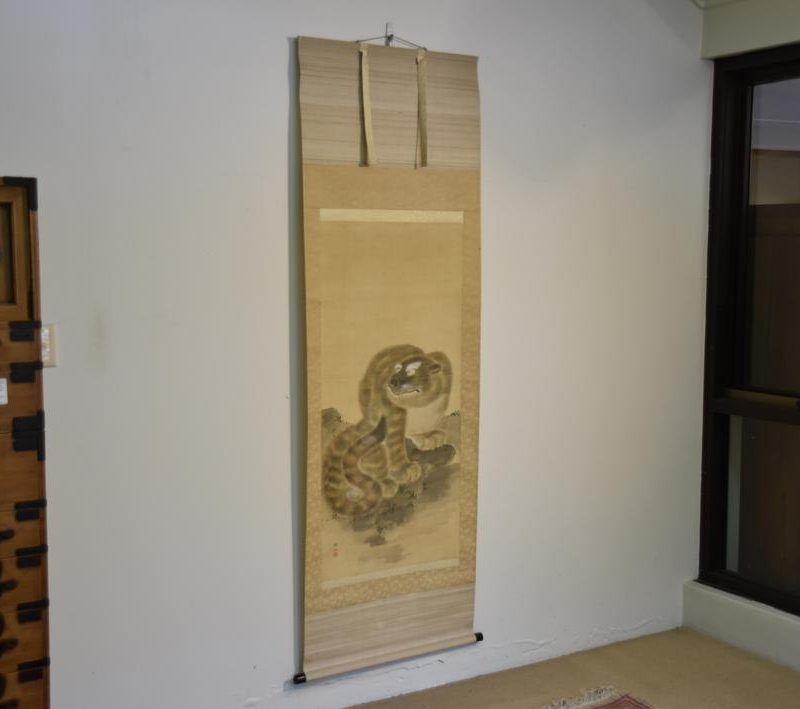 Antique japanese hanging scrolls 010_1064x709