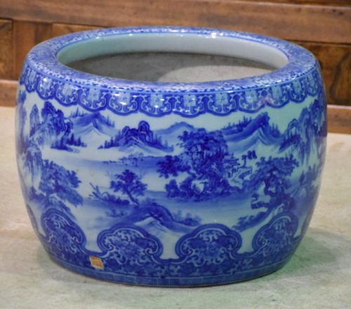 japanese blue and white ceramics 002_1067x711