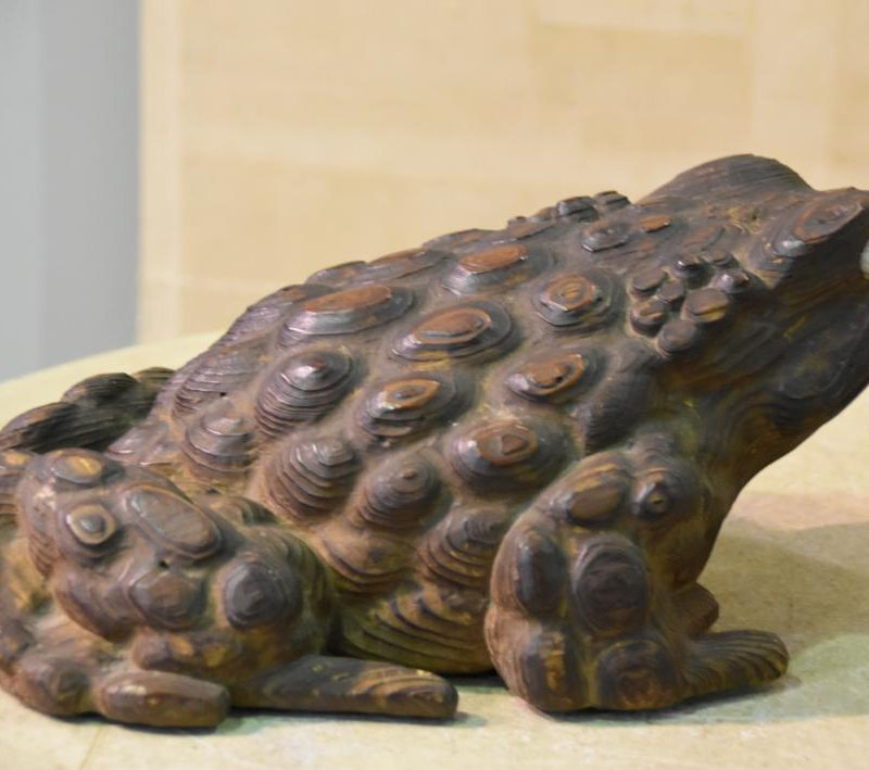 japanese wooden frog toad 005_1064x709