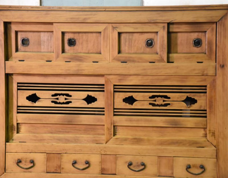 antique kitchen chest 002_939x627