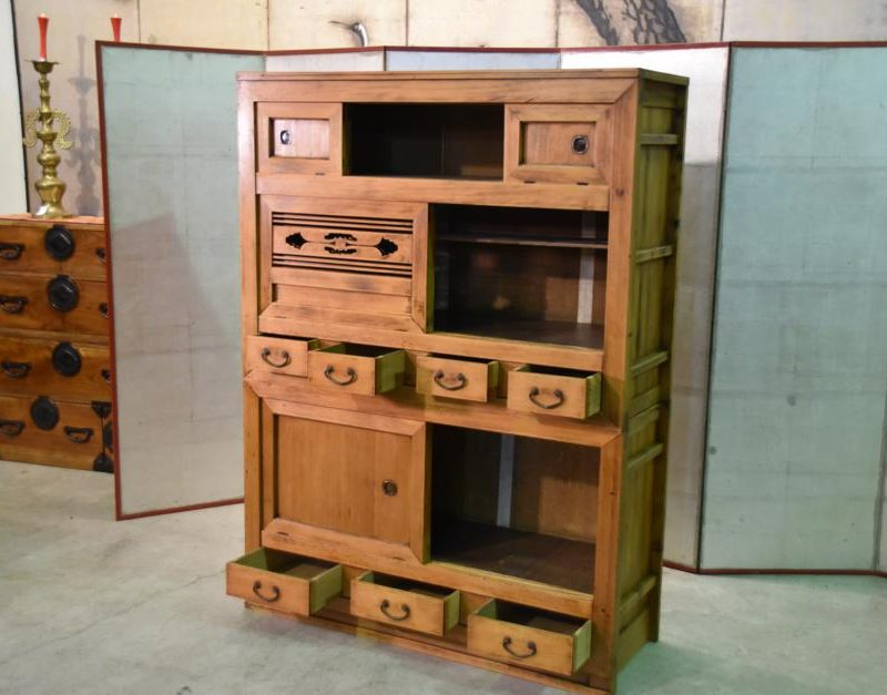 antique kitchen chest 015_939x627