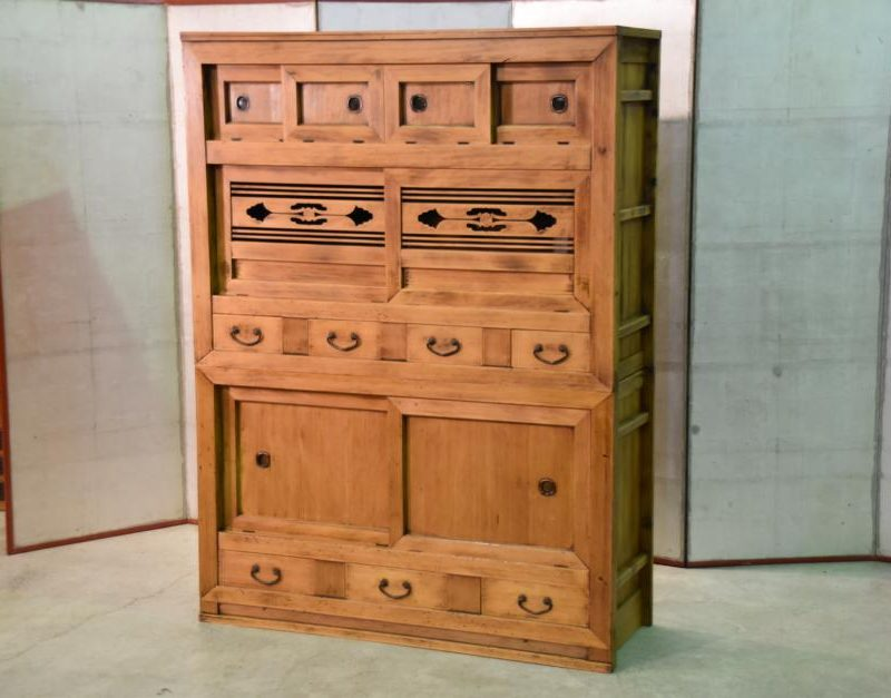 antique kitchen chest 018_939x627