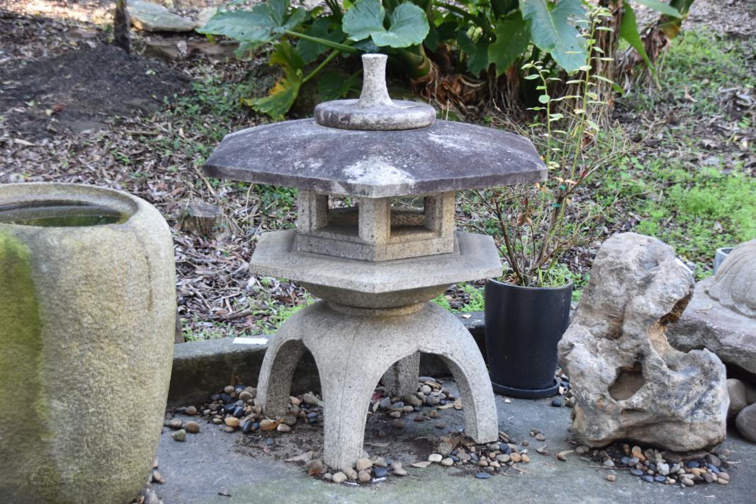 Japanese Yukimi Snow Lantern